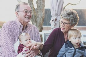 Moving guide for seniors suggest you reduce the number of things you need to do