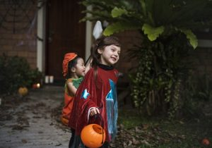 children on Halloween night