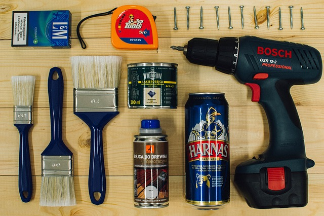 Tools for Decorating your new home on a budget