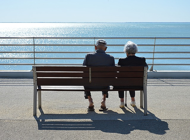 Old couple sitting and thinking about best places to retire in NC in 2020