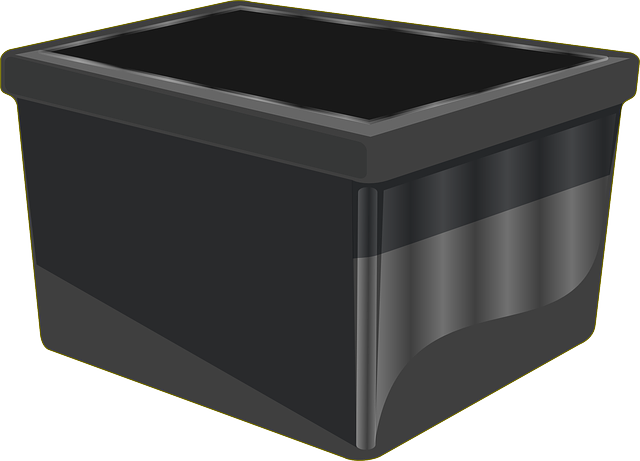 Illustration of a box that needs labeling plastic totes solution